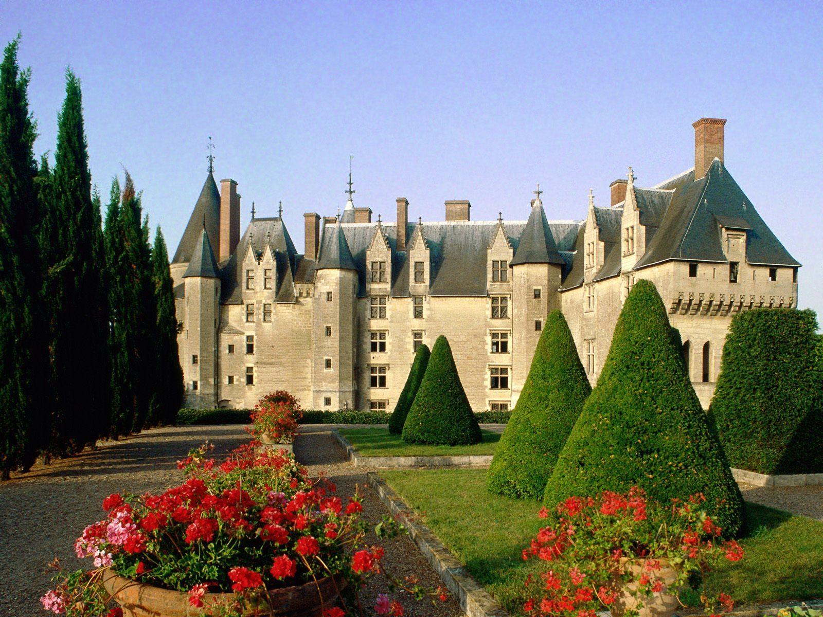 France indre et loire langeais chateau for Legens materiaux anciens indre et loire